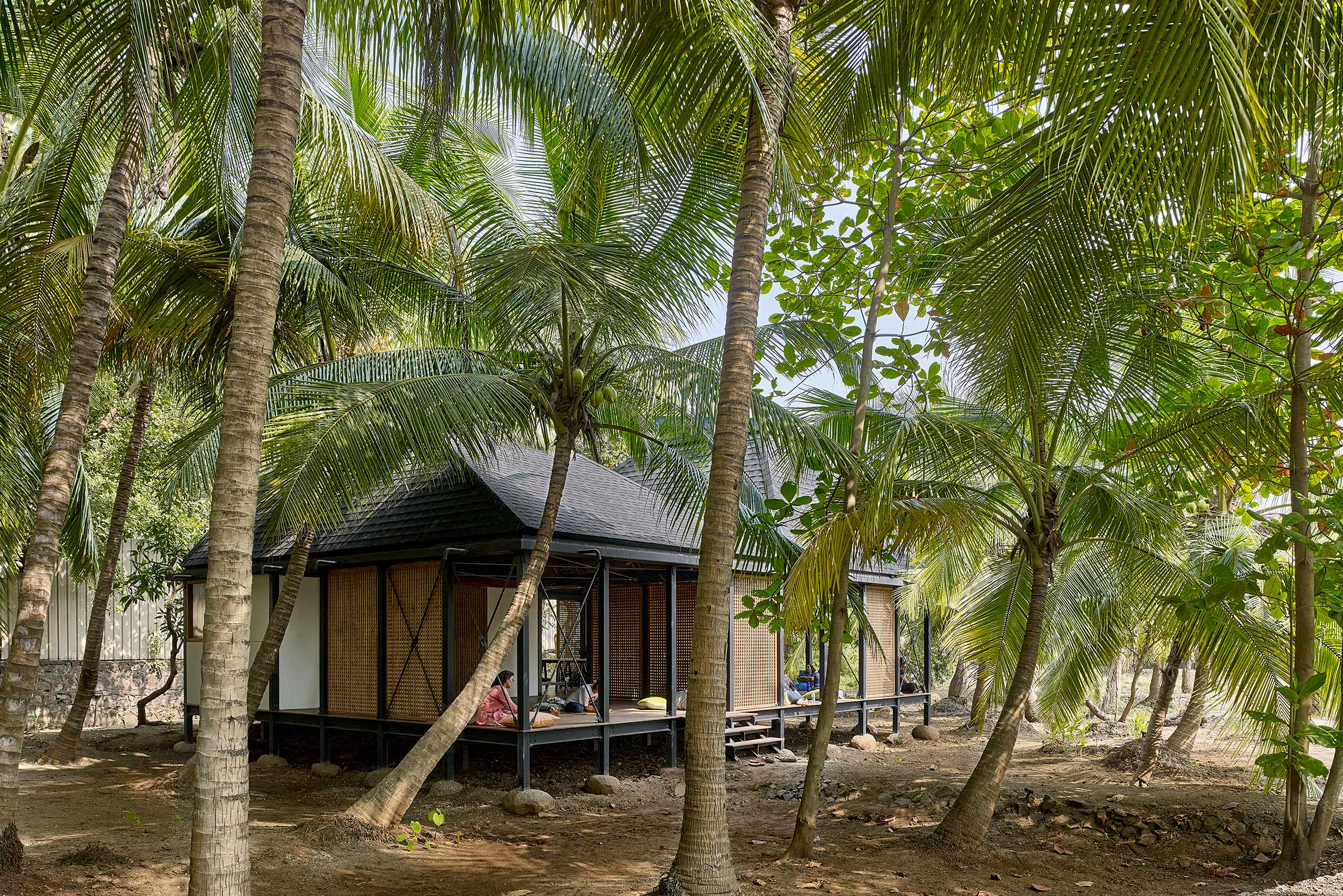 Flood Resilient Stilted Artist Retreat in Mumbai