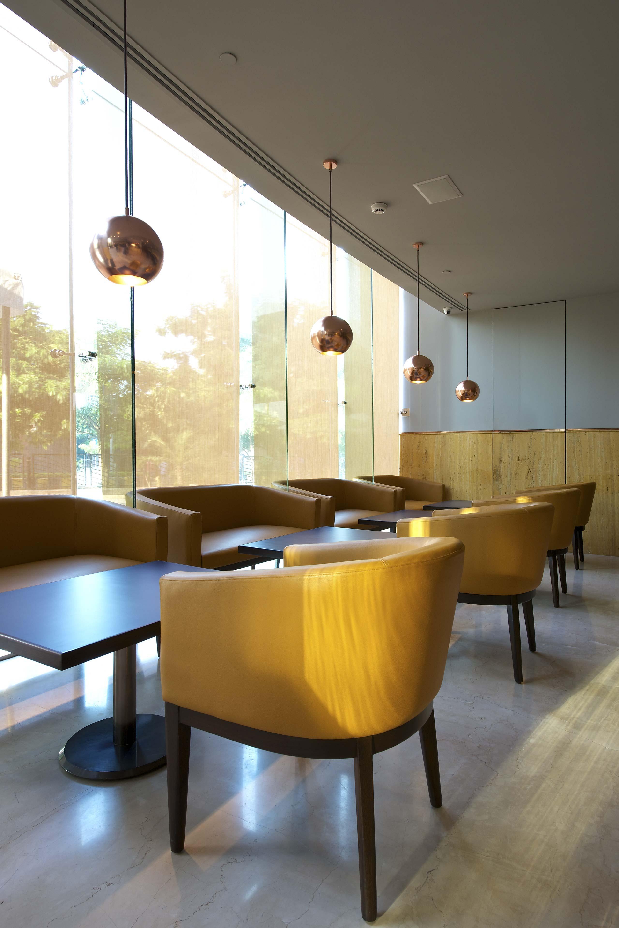 Restaurant interior - Otto Infinito